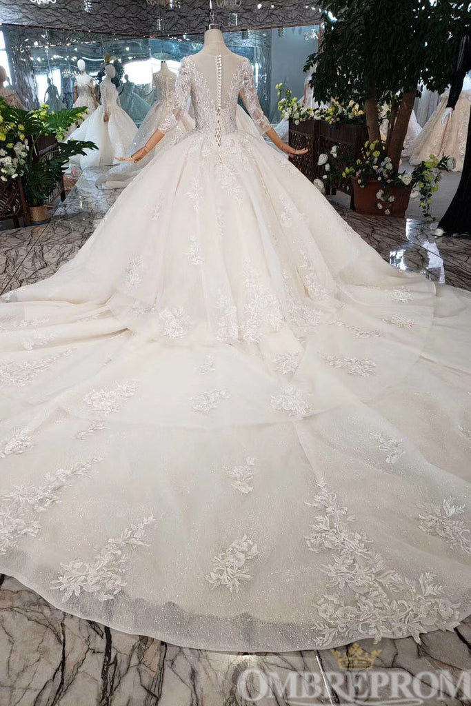 Delicate Round Neck Long Sleeves Tulle Wedding Dress with Beading W711