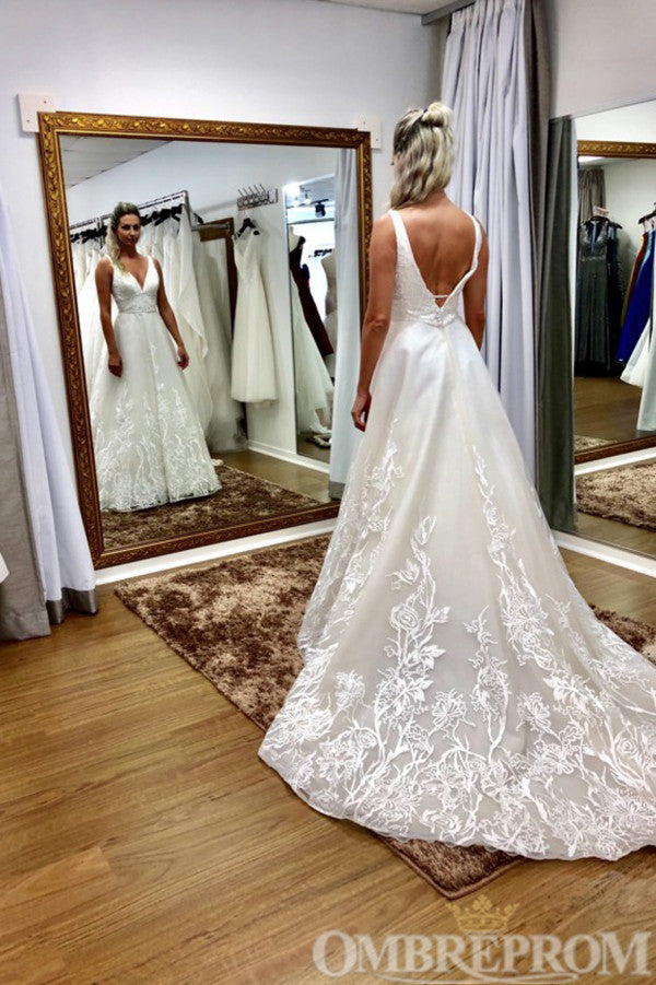 Elegant Lace Sleeveless A Line Wedding Dress W754
