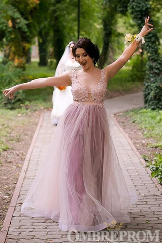 products/Elegant_V_Neck_A_Line_Lace_Prom_Dress_Tulle_Long_Party_Gown_D230_1.jpg