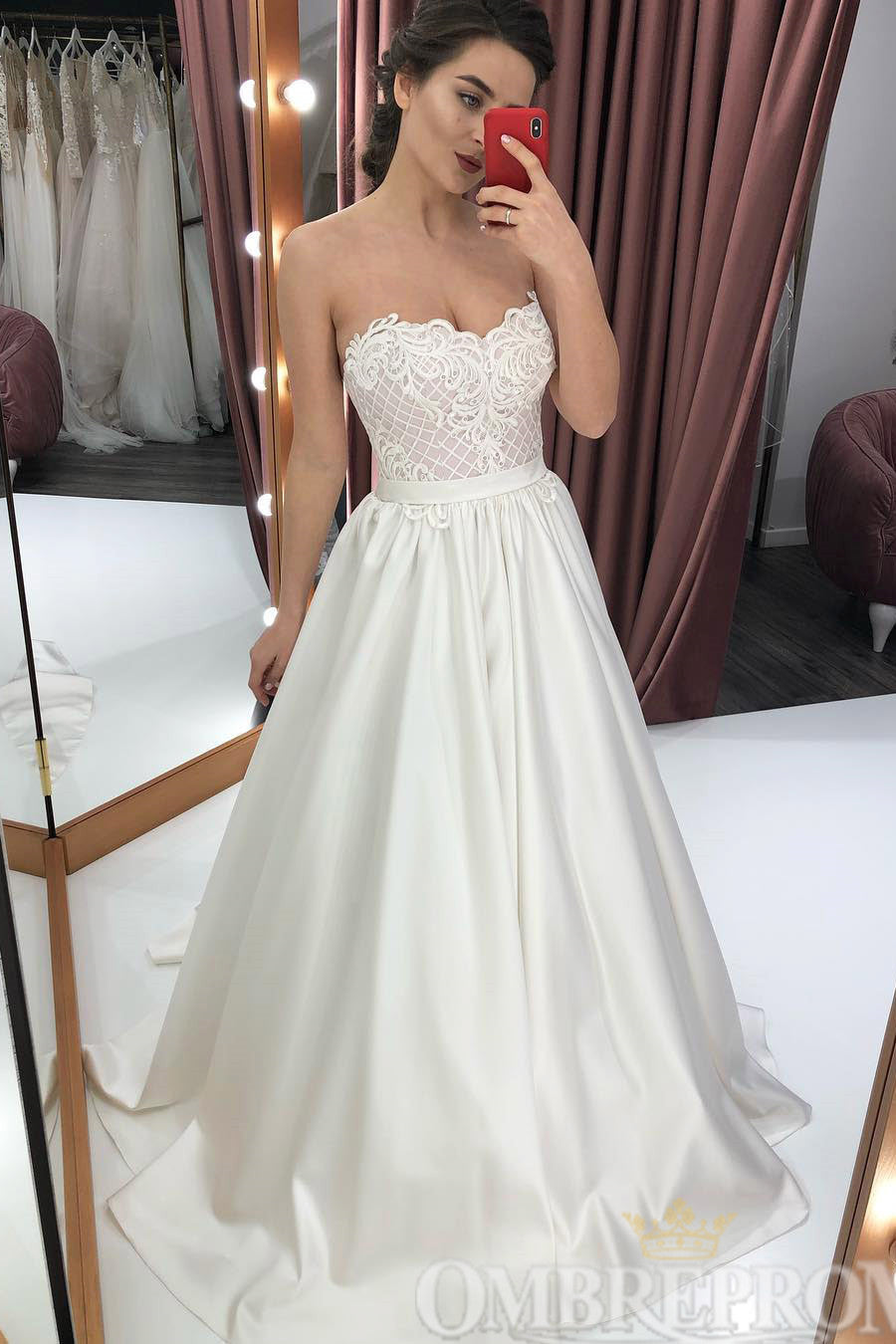 Gorgeous Strapless Sweetheart Lace Up Wedding Dress W785
