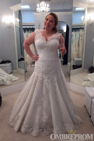 Gorgeous V Neck Bridal Gown Lace Sleeveless Plus Size Wedding Dress W687