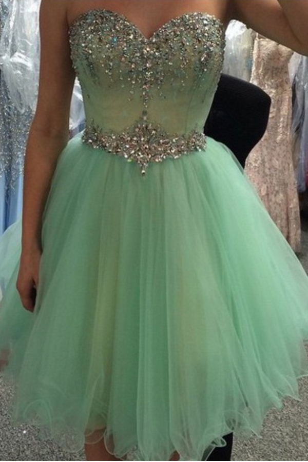 Elegant Layers Tulle Wrapped Chest Homecoming Dress,Ball Gown Appliqued Beaded Short Prom Dress HCD87 - Ombreprom