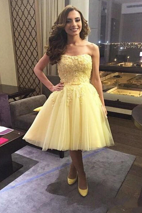 Elegant Layers Tulle Wrapped Chest Homecoming Dress,Appliqued Beaded Short Prom Dress With Belt HCD92 - Ombreprom