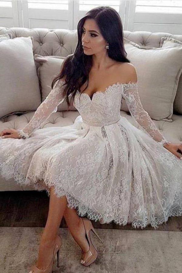 Long Sleeve A Line With Lace Appliques Homecoming Dress M526