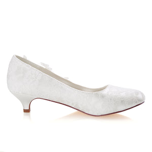 Beautiful White Close Toe With Lace Appliques Wedding Shoes S03 - Ombreprom