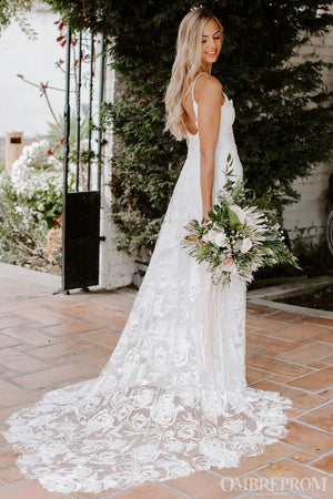 Luxury Spaghetti Straps Backless Lace Bridal Gown Wedding Dress W634