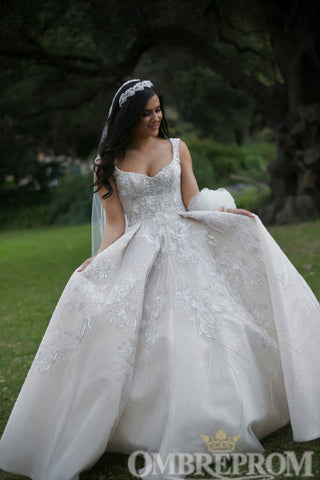 products/Luxury_Sweetheart_Ball_Gown_Lace_Wedding_Dress_with_Appliques_W735_4.jpg
