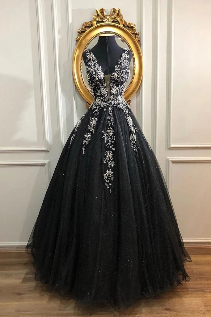 Unique Black And Sliver V-neck Lace Up Beading Tulle Prom Dresses M862