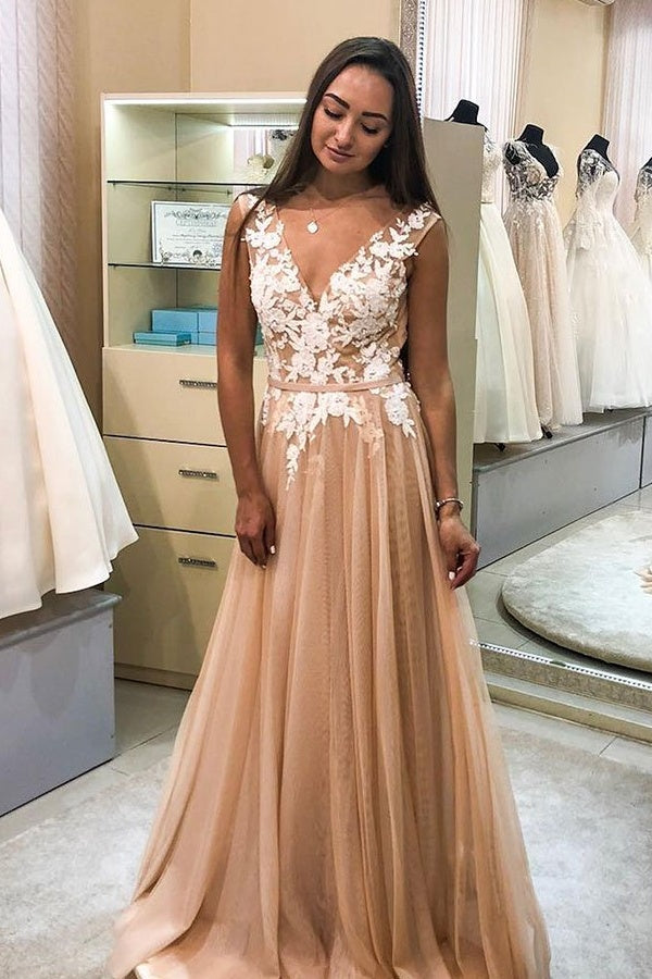 Elegant V-neck Long Lace Tulle Flowy Princess Prom Dresses For Teens M888