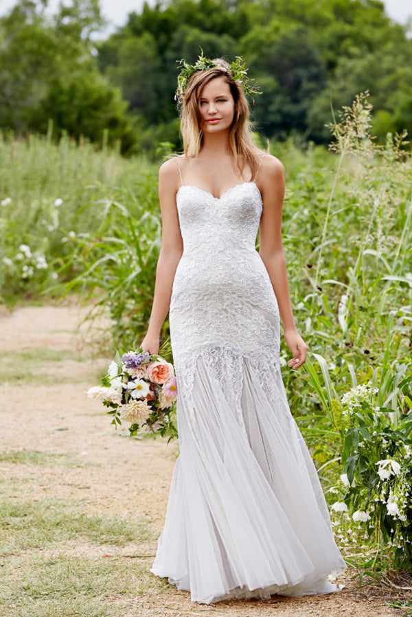 Simple Sweetheart Spaghetti Strap Fit And Flare Pleats Wedding Gowns,Low Back Appliques Wedding Dress