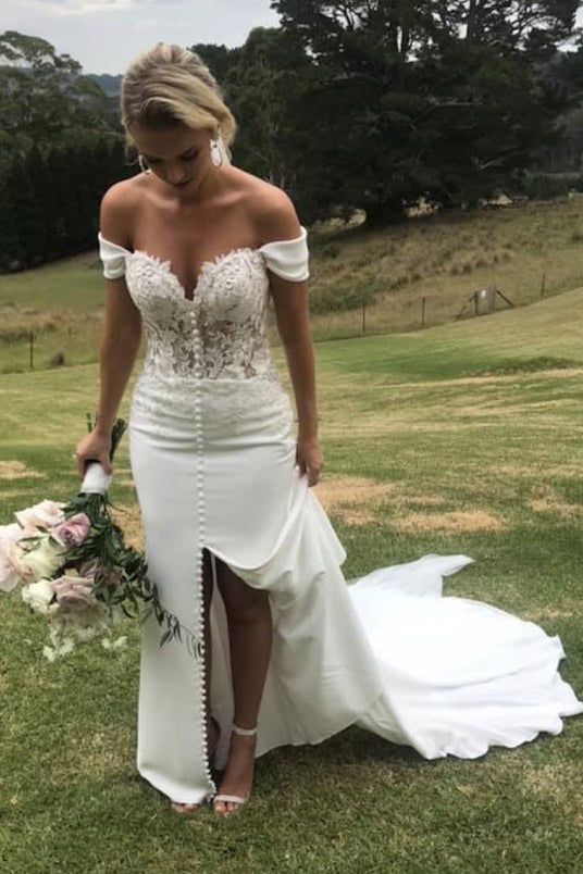 Off Shoulder Sweetheart A Line Wedding Dress with Split W744