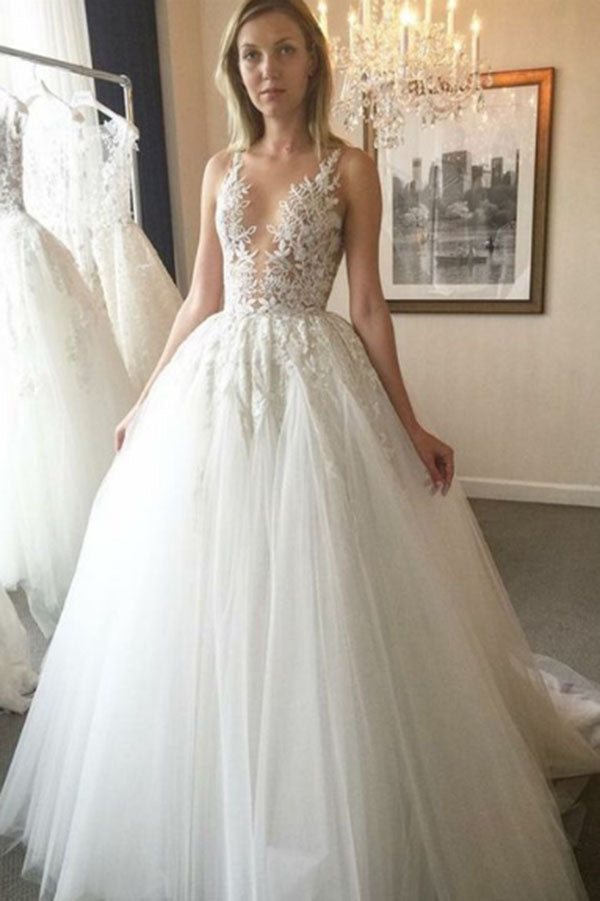 Chic Lace Deep V-neck Neckline With Appliques Wedding Dress W310 - Ombreprom