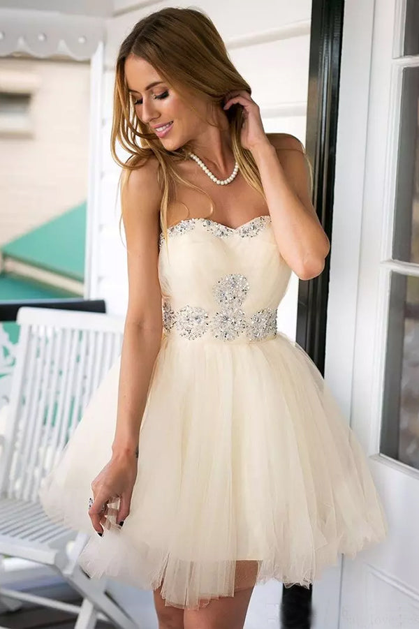 Cute Sleeveless Sweetheart With Beaded Homecoming Dress M514