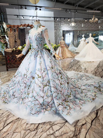 products/Stunning_Long_Sleeves_Tulle_Wedding_Dress_with_Embroidery_Bridal_Gown_W712_6.jpg