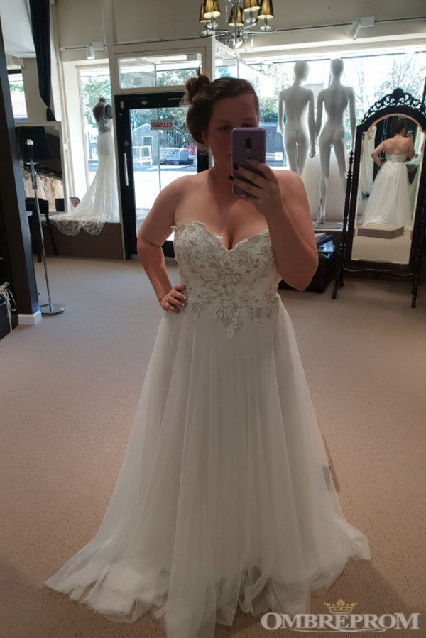 Sweetheart Sleeveless Low Back Lace Wedding Dresses with Appliques W620