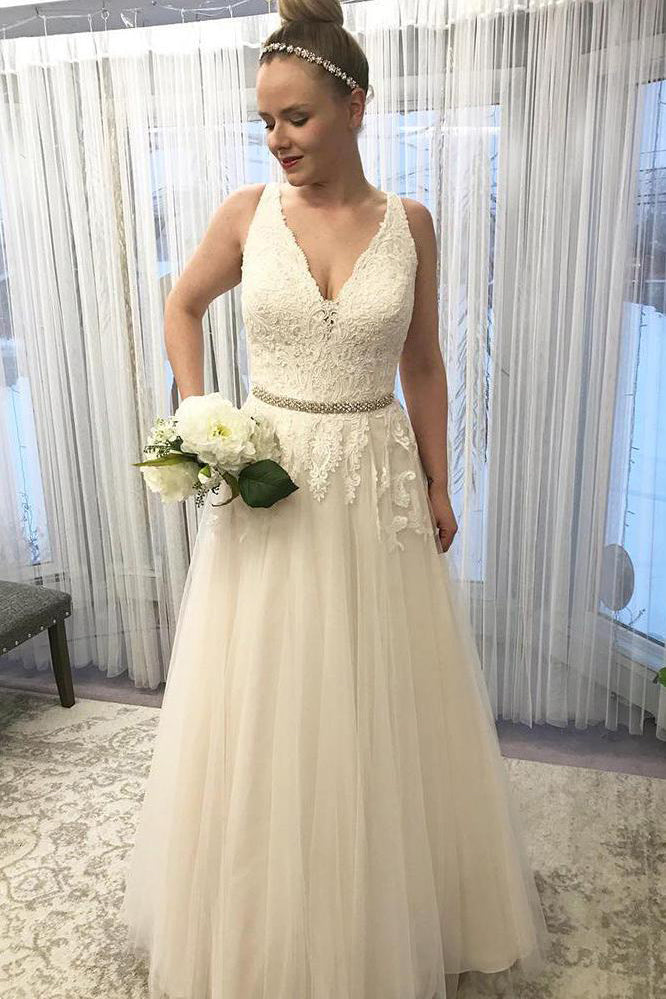 V Neck Sleeveless Lace A Line Wedding Dress with Beading W742