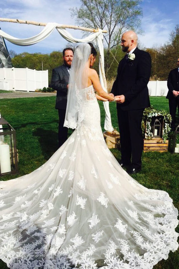 Gorgeous Sweetheart Strapless Wedding Gown,Sweep Train Open Back Appliques Wedding Dress