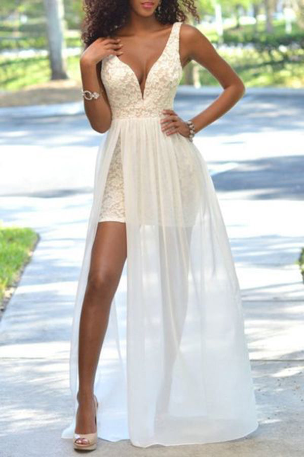 Gorgeous Deep V-neck Sleeveless A-line Tulle Prom Dresses P609