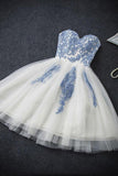 White A-line Sweetheart Strapless  Lace Up Sleeveless Appliques Homecoming Dresses M314