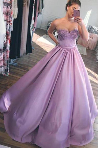 products/purple_ball_gown_prom_dresses_grande_de371460-a7c8-4a98-917b-37a2d1cced48.jpg