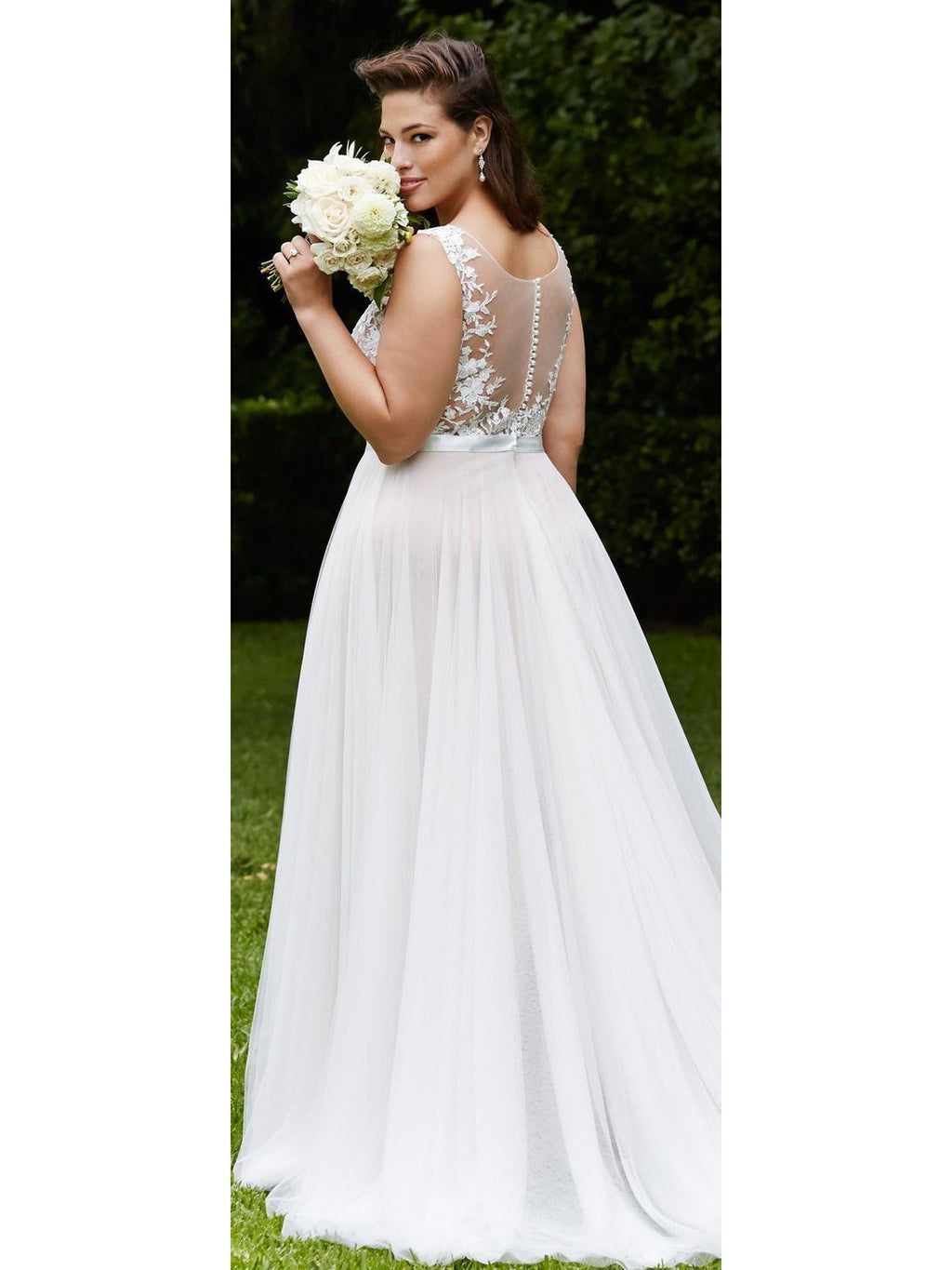 Chic Plush Size See Through With Lace Applique Wedding Dresses W326