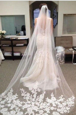 Lace Edge Chapel Length Tulle With Applique Wedding Veils V07