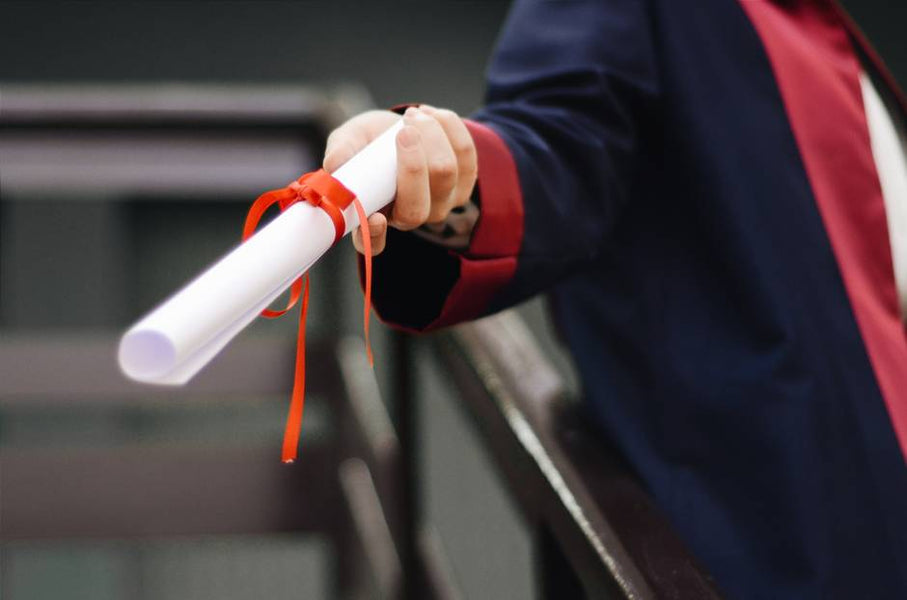 7 Factors to Consider Before Getting Replica Diplomas