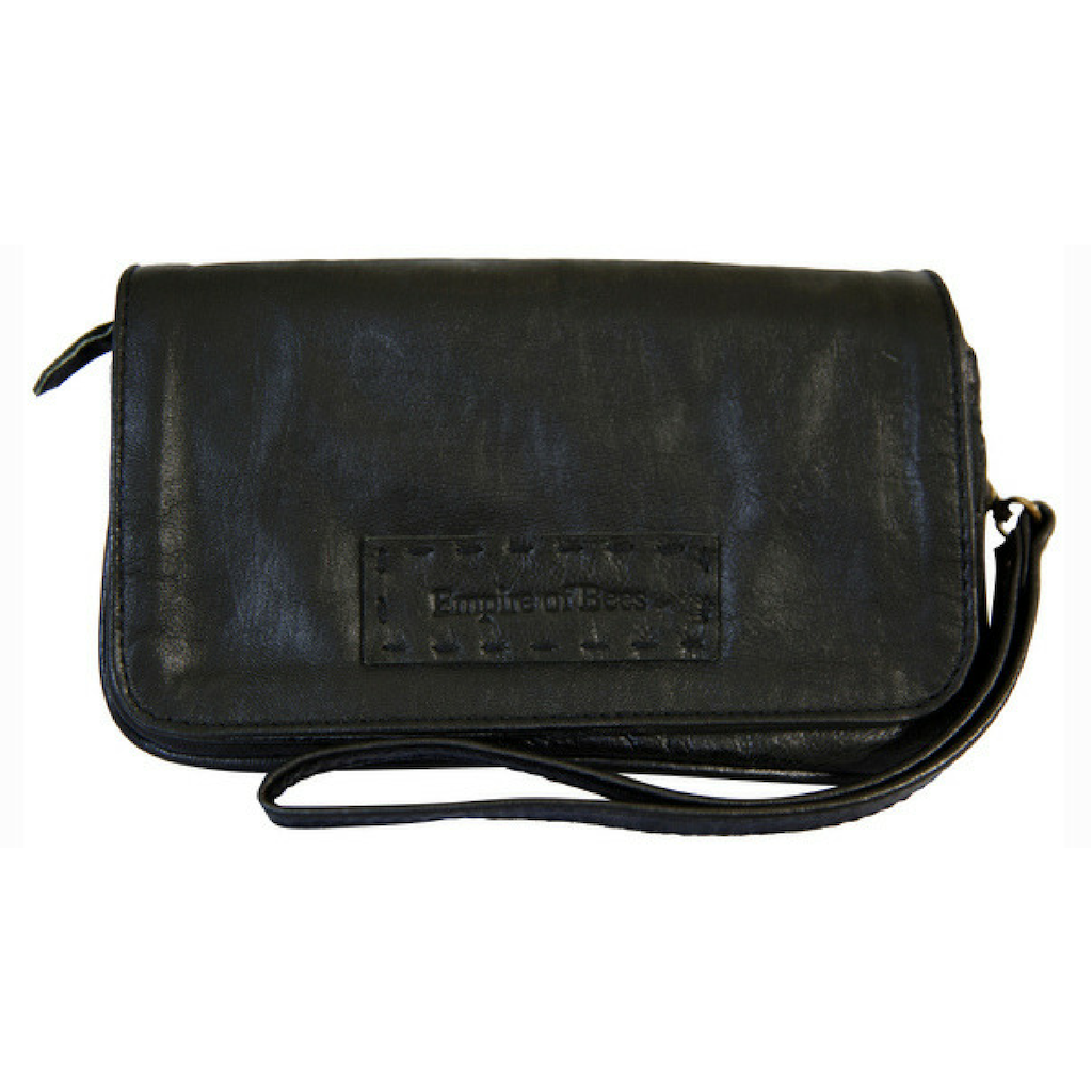 Alice Clutch in Black