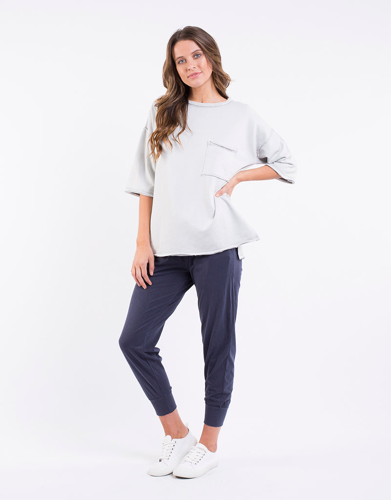 Adelaide Fundamental Pullover in Grey