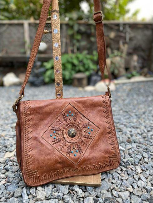 Arrow Satchel in Oak