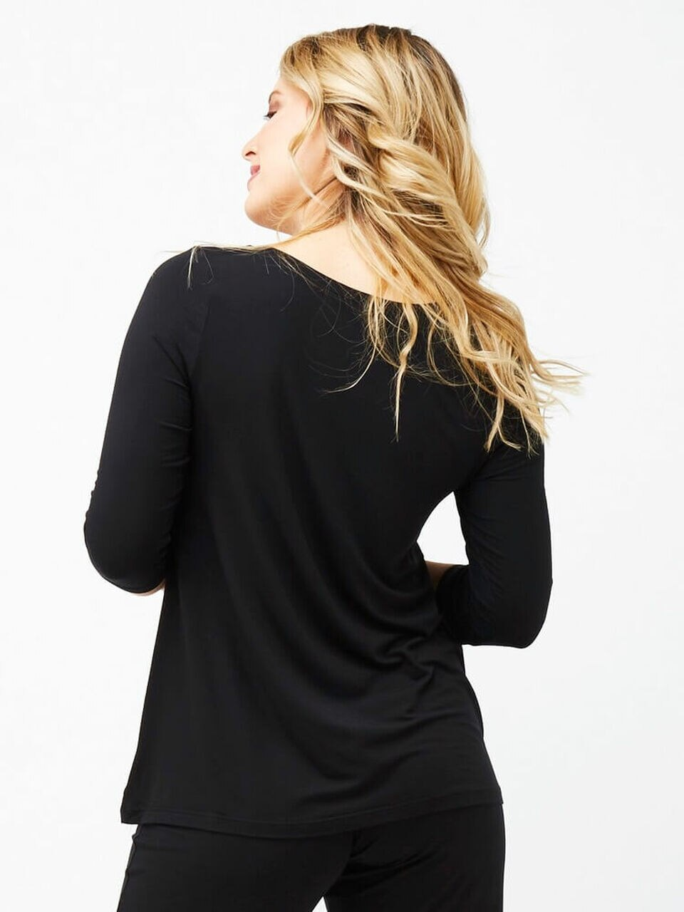 3/4 Sleeve Swing Top in Black