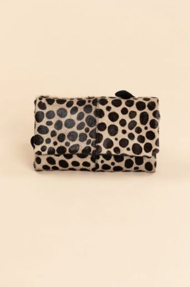 Gallivant Clutch in Cheetah