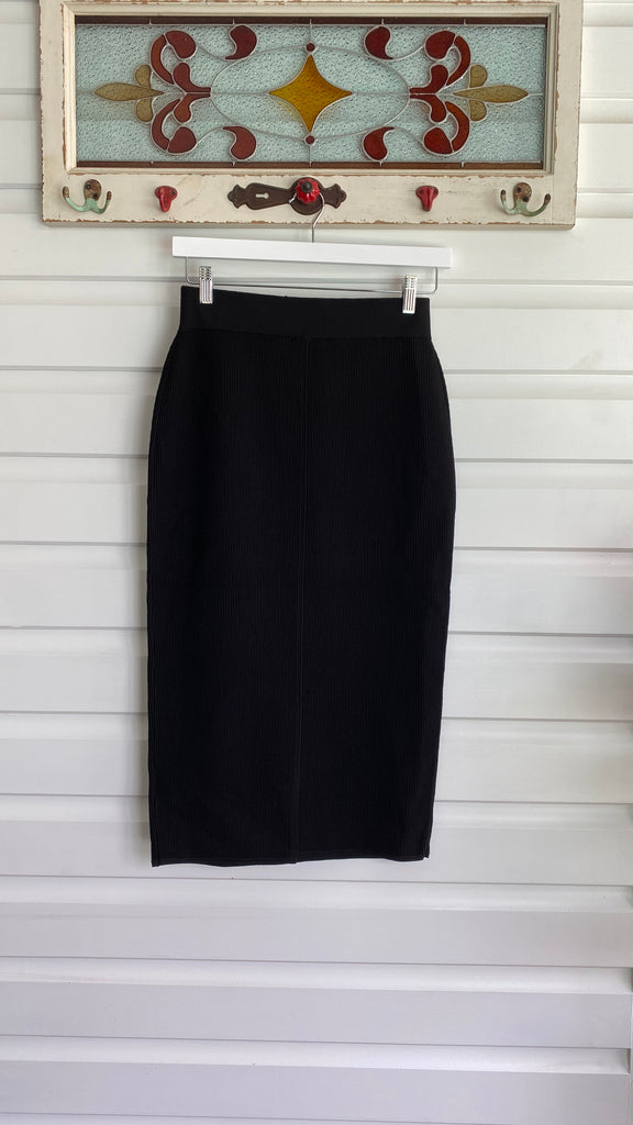 Ribbed Knit Skirt in Black