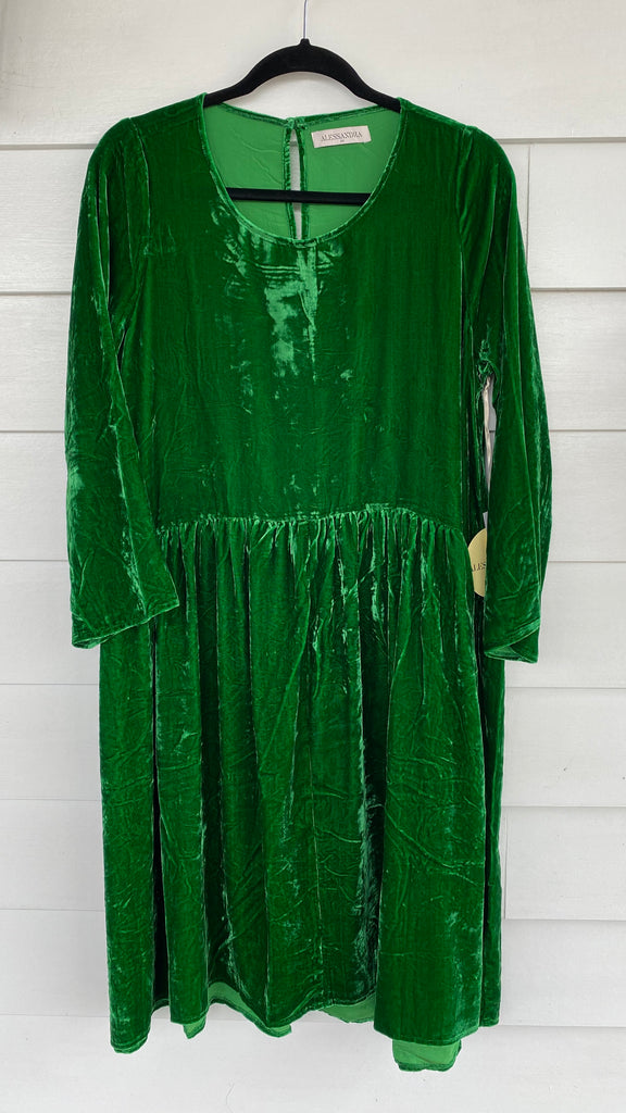 Velvet Babydoll Dress in Emerald
