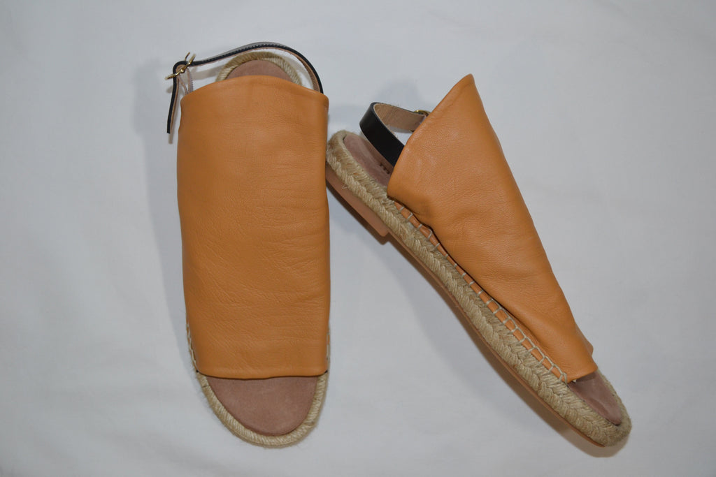 Espadrille in Almond with Black