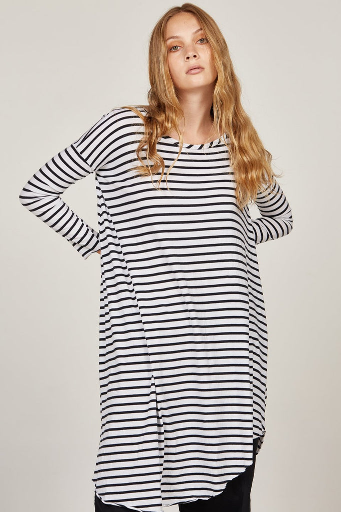 Piqi Tunic in Black and White