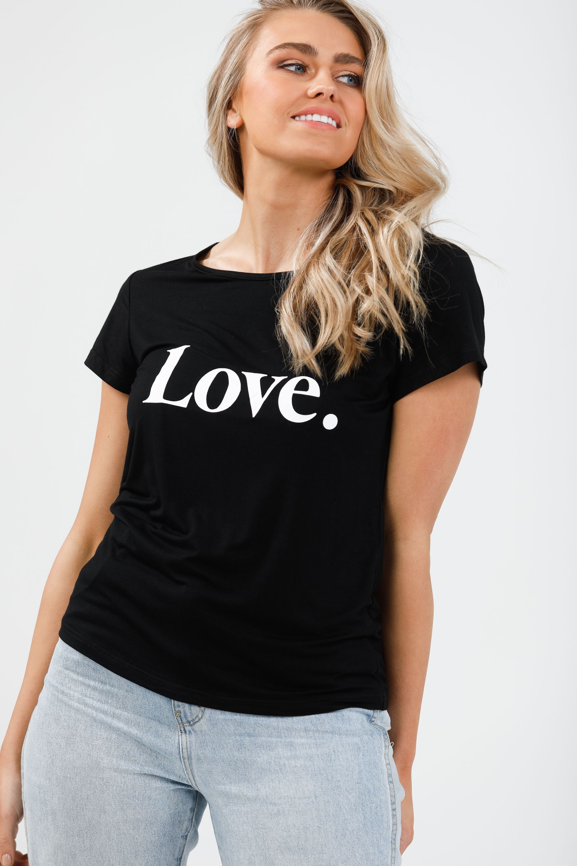 SS Logo Tee Love in Black & White
