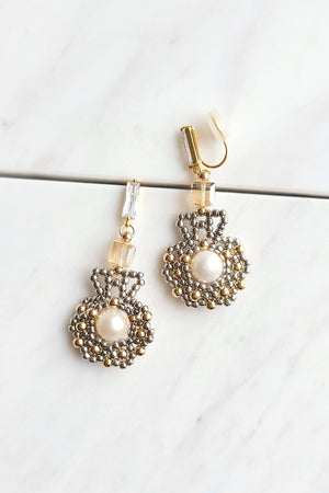 Freshwater Pearl Shell Design Earrings