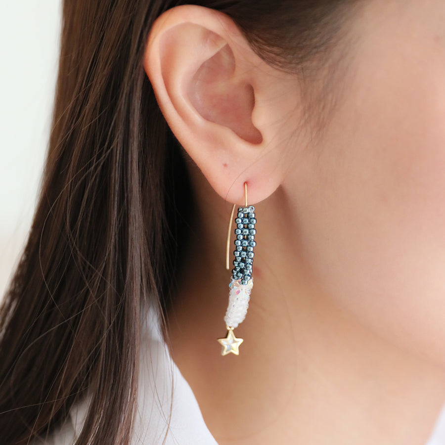 Arch Line Drop Earrings