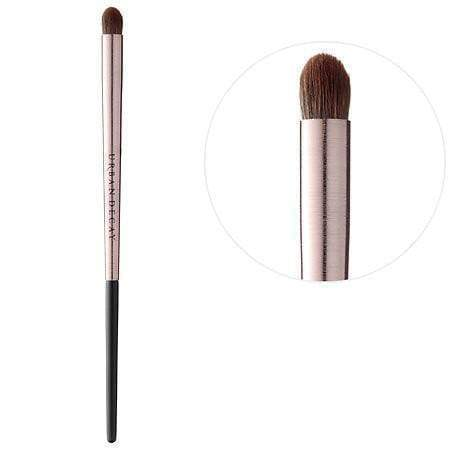 Urban Decay brushes Urban Decay Eye shadow Contour Brush