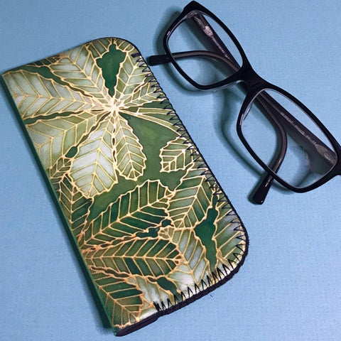 Green Leaf Padded glasses cover - Horse Chestnut Leaves reading or large glasses cover