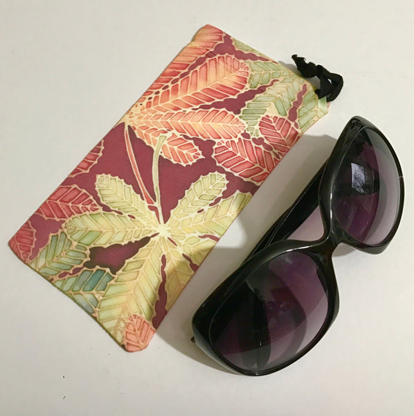Chestnut Leaves glasses case - slip-on padded glasses cover - reading or large glasses cover