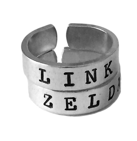 Link and Zelda Ring Set - Triforce -Best Friends - Couples Ring Set