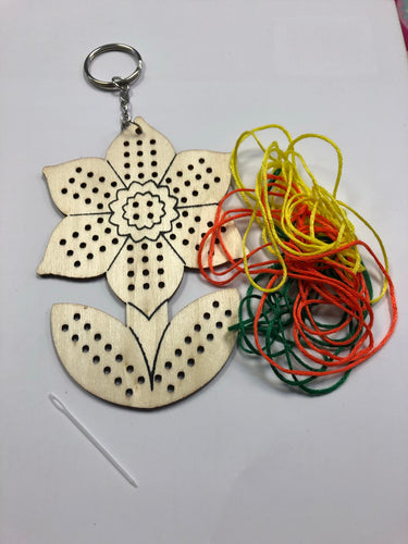 Children's keyring sewing kit - Flower