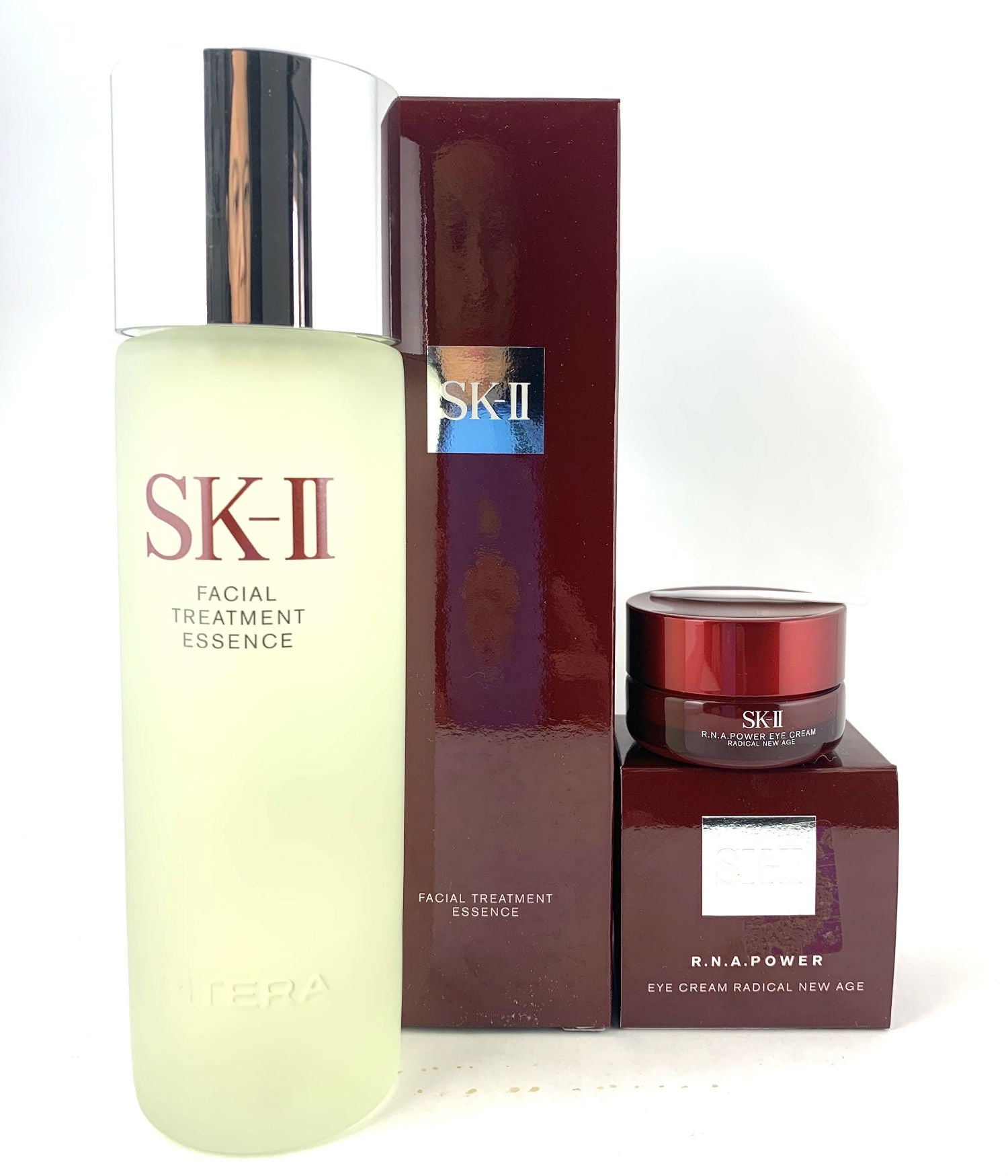 SK-II Special Set, SK-II Facial Treatment Essence 230ml, SK-II R.N.A Eye Cream, SK2, SKII. Shipped from USA.
