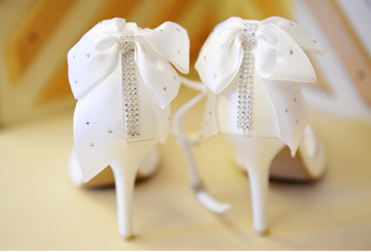 Fragancia White Velvet Bow & Laces