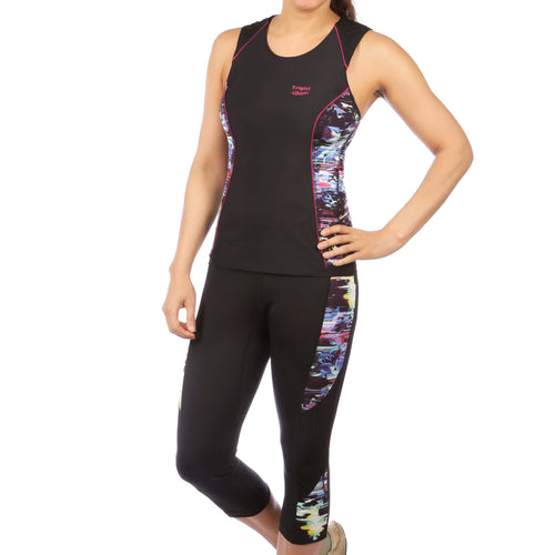 Sassy & Gait Triathlon Top and Capri Set in Glitched Floral