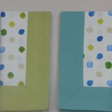 Blue Spotty Napkin with Midnight Blue Border (pack of 4)