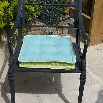 Lime/Turquoise Garden Seat Cushion