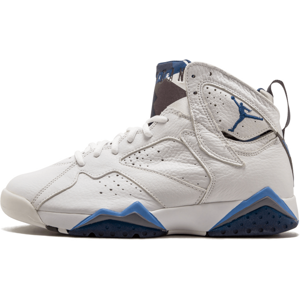 new concept 59bc7 72216 Air Jordan Retro 7
